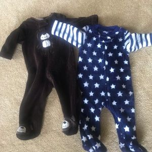 Pajamas - 2 baby sleepers 3-6 months